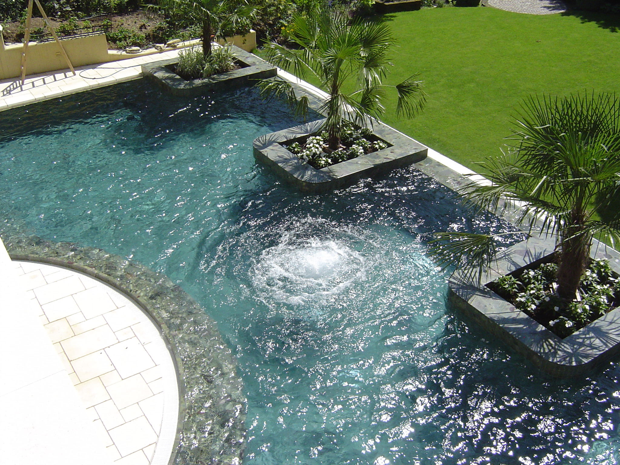 pool steine amazing muschelkalk with pool steine stunning vila kamenica stein sterne villa mit. Black Bedroom Furniture Sets. Home Design Ideas